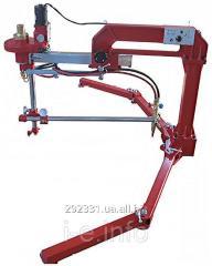 معدات لقطع المعادن والمواد