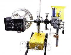 Welding tractor HMZ-1000 with integrated feed mechanism for submerged arc welding SAW