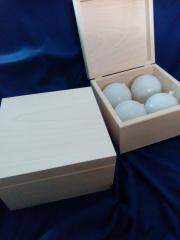 Коробка с шарами  диамтр 80 мм
