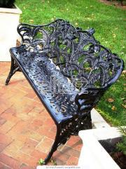 Столы, стулья, кровати, садовая мебель
