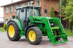 Колёсный трактор John Deere 6220