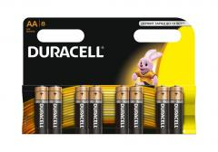 Piece AA MN1500 8 Duracell battery in packing