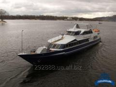 Rent of the Romantic motor ship