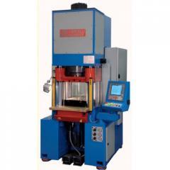 Гидравлический пресс 300 тонн с системой ЧПУ