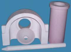 Mullite and mullite-alumina refractories for the manufacturing of glass products