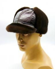 Норковая мужская шапка с козырьком