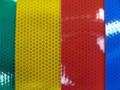 Retroreflective film (type 2) for road signs