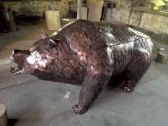 Shod brazier oil lamp bear