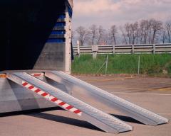 Погрузочная рампа SVELT 3,6 м (1700 кг) без края
