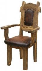 Мебель из натурального дерева в  стиле кантри.