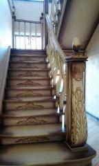 Escaleras, peldaños y barandas