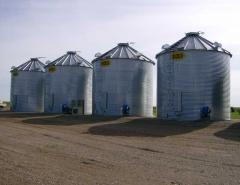 Farmer granaries of Sioux Steel