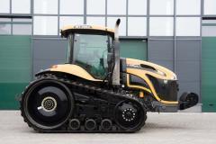 Гусеничный трактор Challenger MT765C
