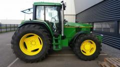 Трактор колесный JOHN DEERE 6900