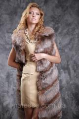 Жилет из меха золоченой чернобурки SAGA диагональ Silver fox fur vest gilet sleeveless