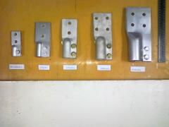Clips contact to power transformers