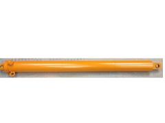 El hidrocilindro de la hacinadora para heno 56.1295.2.25 (ПКУ-0.8; СНУ-550; ПСБ-800)