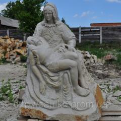 Скульптура «Оплакивание Христа» — копия известной пьеты Микеланджело высеченной из монолита песчаник