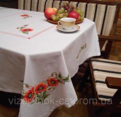 Вышитая скатерть ручной работы для круглого или квадратного стола Маки