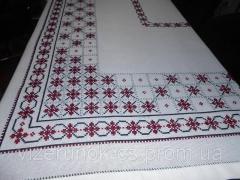 Скатерть вышитая крестиком, ручной работы Бордо