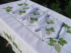Embroidered tablecloth with napkins Vine