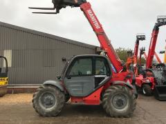 Telescopic loader of Manitou MT 732.