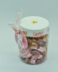 "Caramel natural ""A tropical mix"" in a jar"