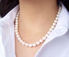 Necklace from pearls of 10,5-11,5 mm