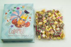 "Caramel natural ""A tropical mix"" in a gift box ""Book"
