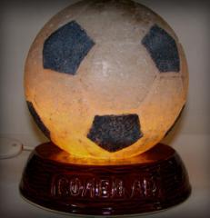 Светильник из соли  Футбольный мяч как сувенир и