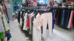 Демонстрационные стойки для одежды