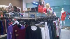 Стойки магазинные для одежды