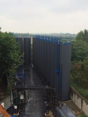 Vertikální nádrže, zásobníky, nádrže a živice