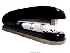 Staplers to buy the stapler