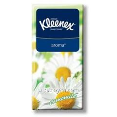 Платочки носовые Kleenex 10шт с ароматом ромашки