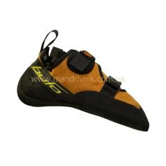 Footwear for skiing, snowboarding and mountaineering