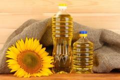 Olio di girasole raffinato in bottiglie da 1...