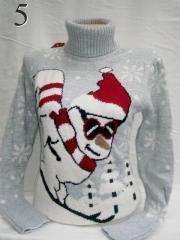 Свитер с снеговиком 44, Красный
