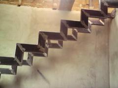 Каркас междуэтажной лестницы