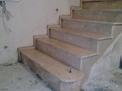 Мрамор, лестница мраморная бежевая  006