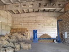Дробилка-измельчитель для сена-соломы