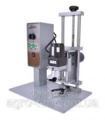 Автоматическая укупорочная машина для бутылок 10-50 мм