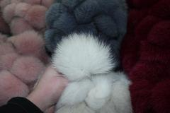 Pompon fur pelts from 15 cm gray
