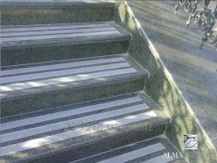 Гранитные ступени, гранитные лестницы
