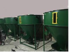 Машина для приготовления комбинированных кормов