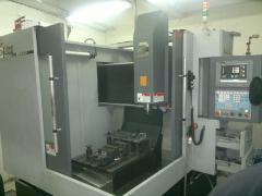 Compression molds for molding of plastic