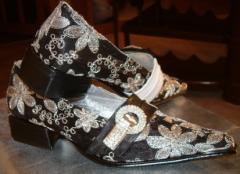 Туфли женские на низком ходу черно-белый каблук,