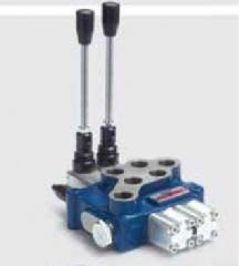 Гидрораспределитель моноблочный 2 секции HPMV-4/2S (60 л/мин)
