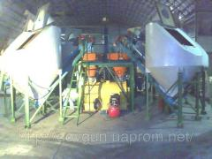Equipment for manufacturing of dry mixes
