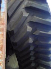 Gusenitsya to the CHALLENGER 765 tractor